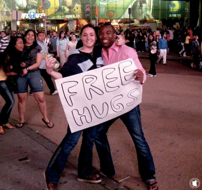 Free hug in Times Square, New York