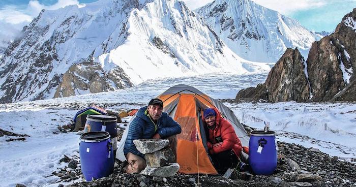 Mike Horn dans l'Himalaya. Vouloir toucher les étoiles