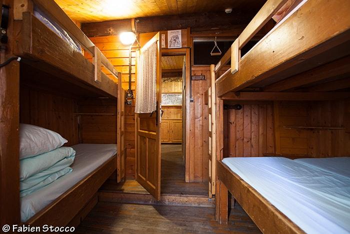 Un dortoir de l'auberge de La Boërne