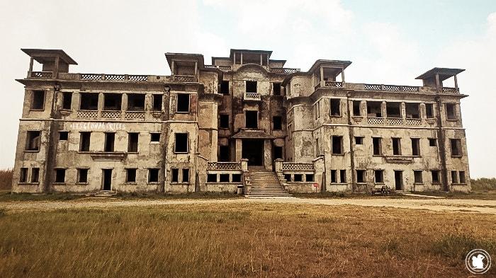 Hotel abandonné Bokor, Cambodge