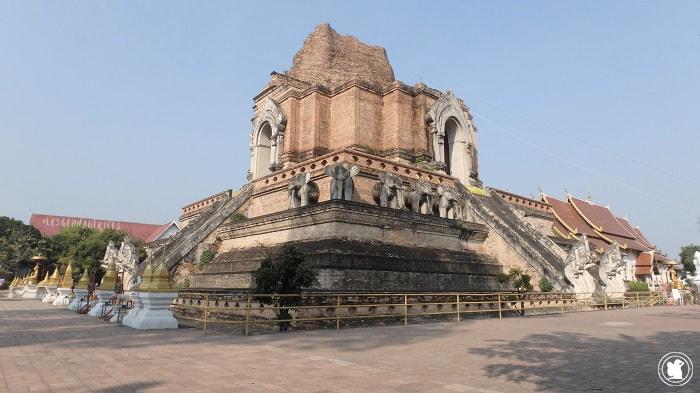 Wat Chedi Luang à Chiag Mai, Thaïlande