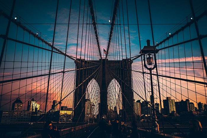 Le fameux Brooklyn Bridge à New York