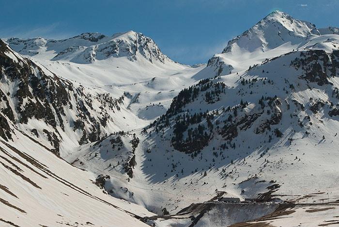 Profiter de la neige dans les Pyrénées