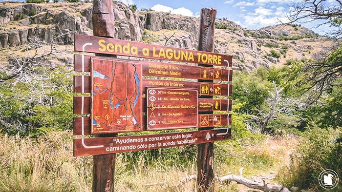 Départ du sentier Laguna Torre - El Chalten