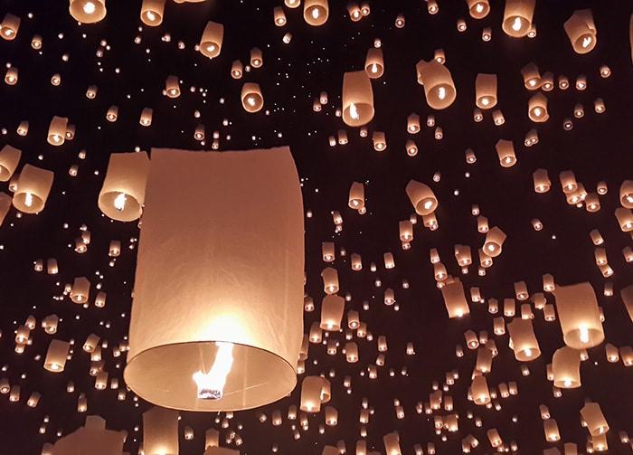 Chiang Mai : festival traditionnel des lanternes de Yi Peng