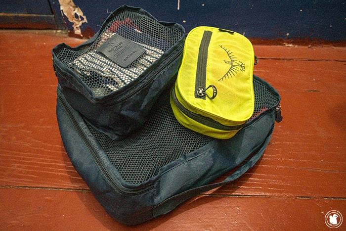 Pochettes dans le sac à dos pour voyager en Argentine