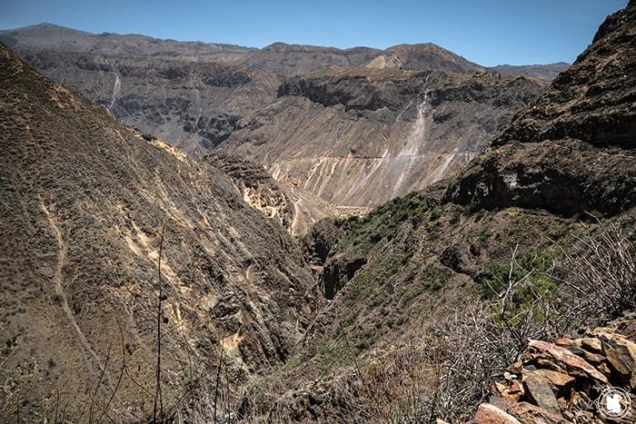 Sentier en quittant Llatica dans le Canyon de Colca