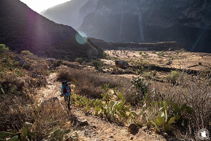 Départ du deuxième jour de trek dans le Canyon de Colca