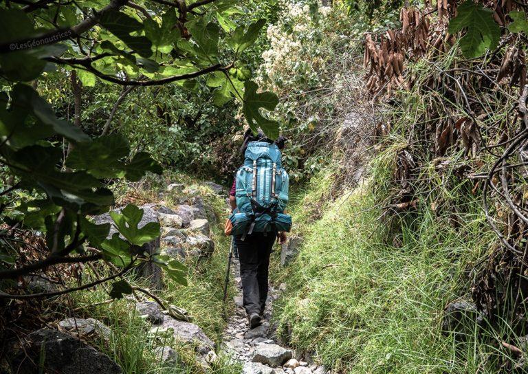 Préparation d'un trek dans le Canyon de Colca au Pérou