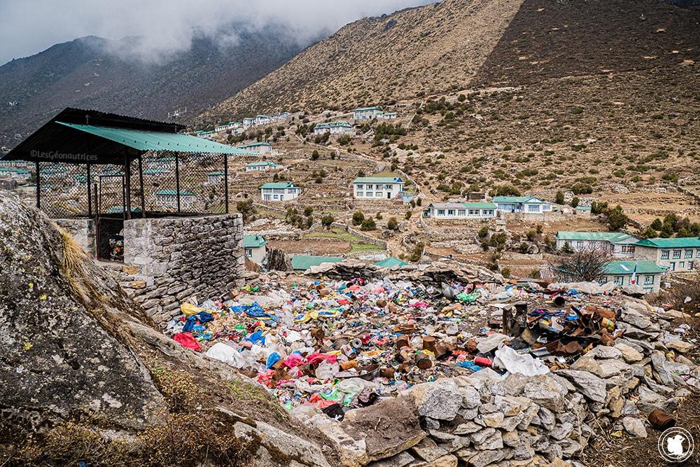 Trek des 3 cols - Décharge de Khumjung