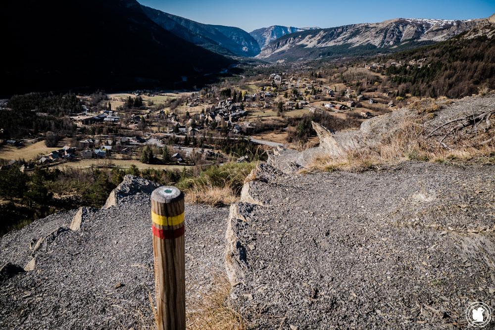 Trek Val d'Allos GRP vue sur Villars-Colmars