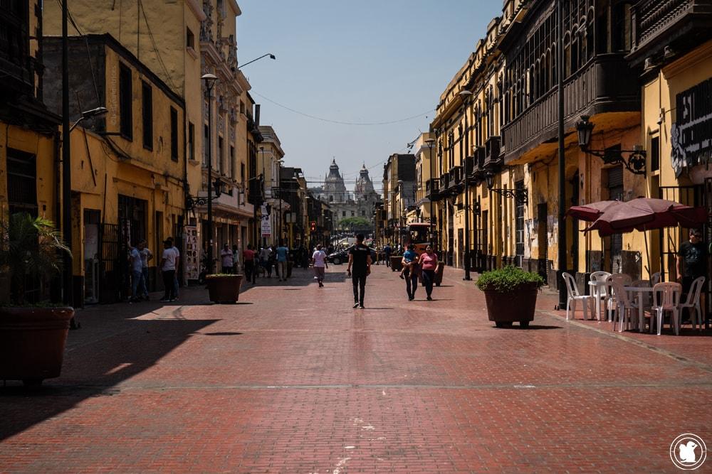 Rue Jiron Trujillo à Lima