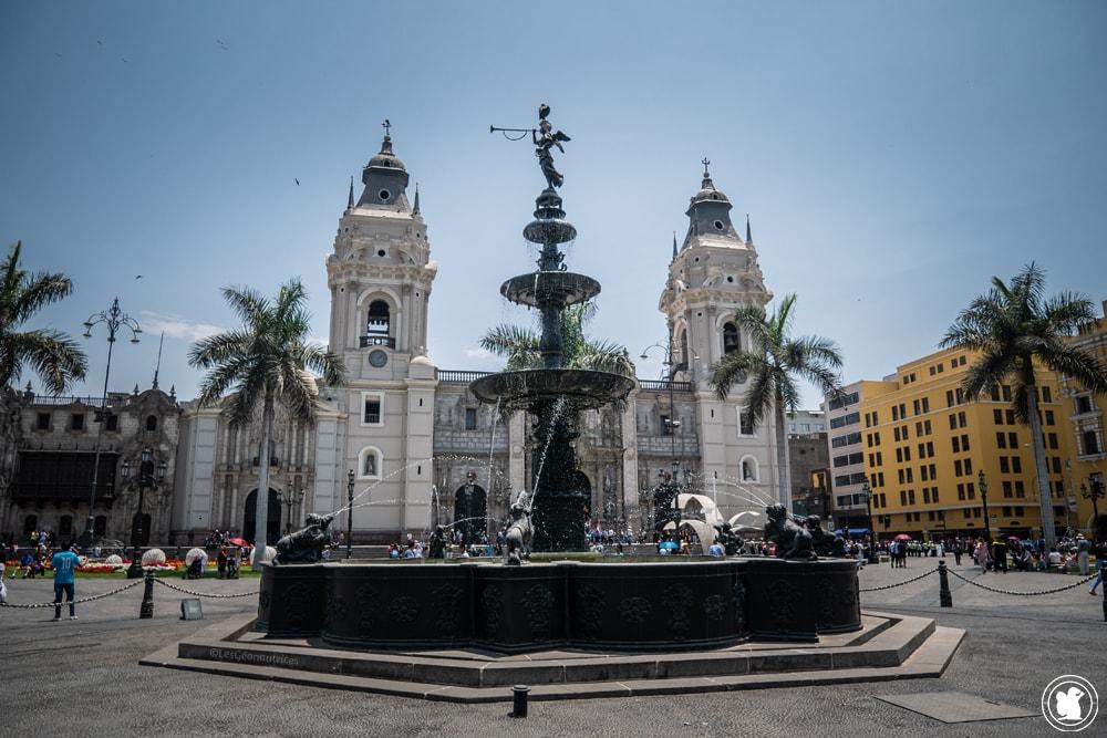 Plaza de Armas dans le centre historique de Lima