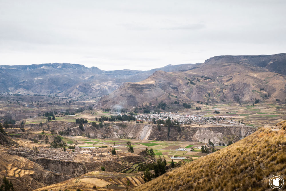 Village de Yanque et ruines d'Uyo Uyo Canyon de Colca