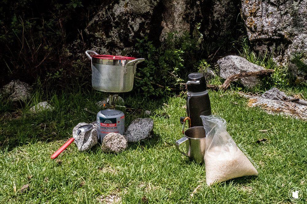 Gérer sa nourriture et ses repas pendant le trek de Santa Cruz en autonomie