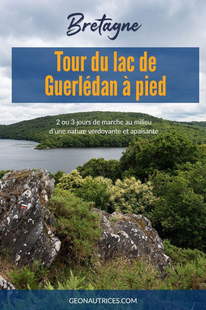 Tour du lac de Guerlédan à pied en 2 ou 3 jours. Récit de randonnée et conseils pratiques. Une magnifique randonnée en pleine nature, en bivouac, camping ou gîtes. #randonnée #bretagne #nature