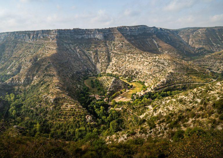 Chemin de Saint-Guilhem : 13 jours de randonnée itinérante